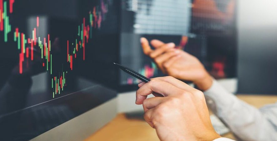 Distress Signals: Finding Opportunity In REIT Volatility